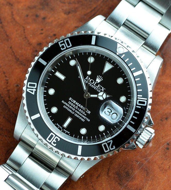 Rolex Submariner 16610 K with Box and Papers HOLD PF